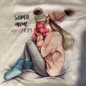 NWT super mom T-shirt
